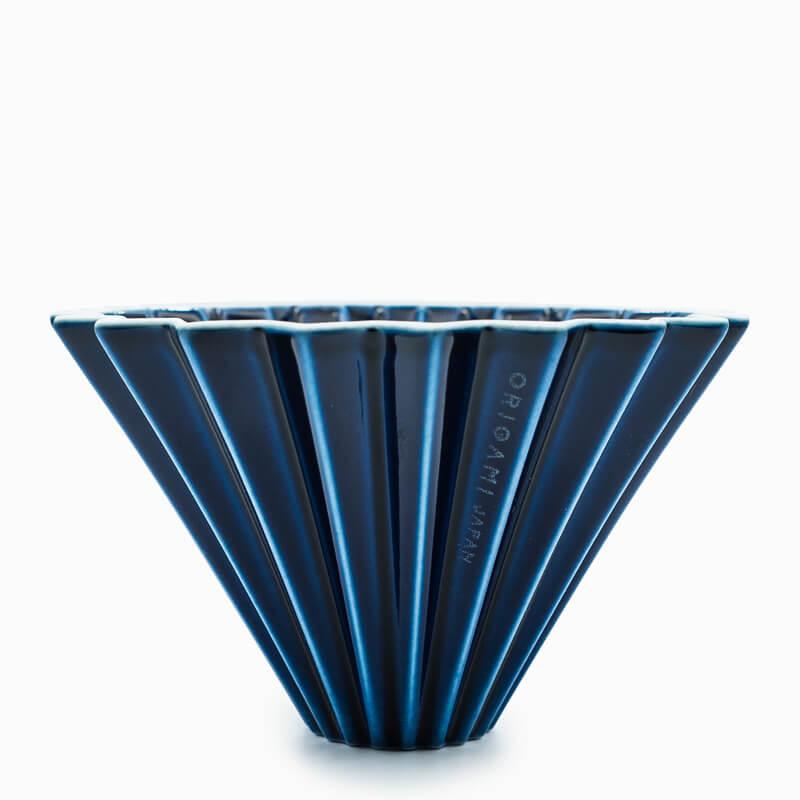 Der Origami Dripper aus Keramik in verschiedenen Farben ist kompatibel mit Hario und Kalita Filterpapier
